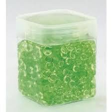 Pot de perles de pluie vert anis